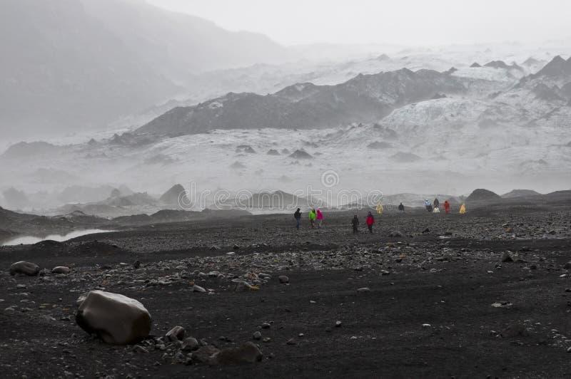 Download Isländischer Gletscher redaktionelles stockfoto. Bild von gefühl - 26366448