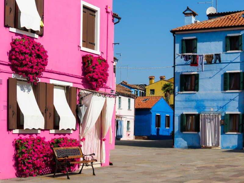Download Isla De Burano, Venecia, Italia Foto de archivo - Imagen de mediterráneo, viejo: 64204866