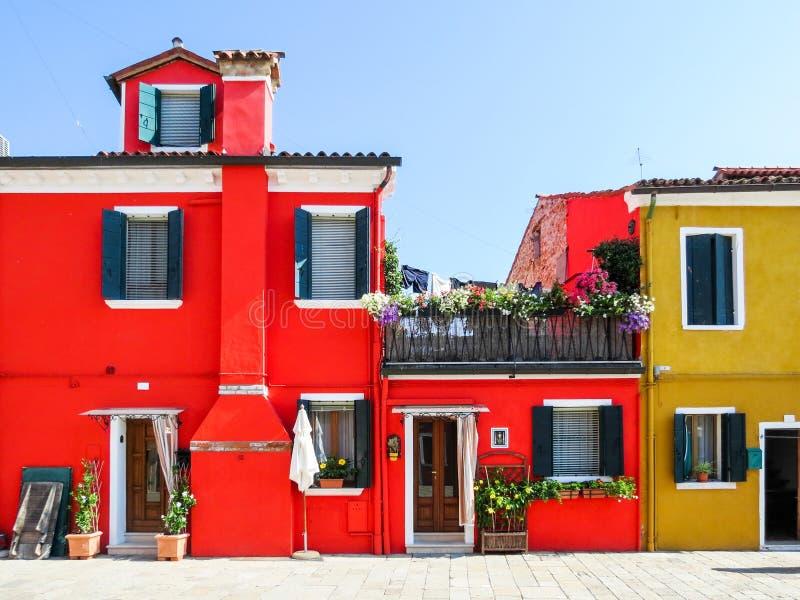 Download Isla De Burano, Venecia, Italia Foto de archivo - Imagen de rojo, casero: 64204876