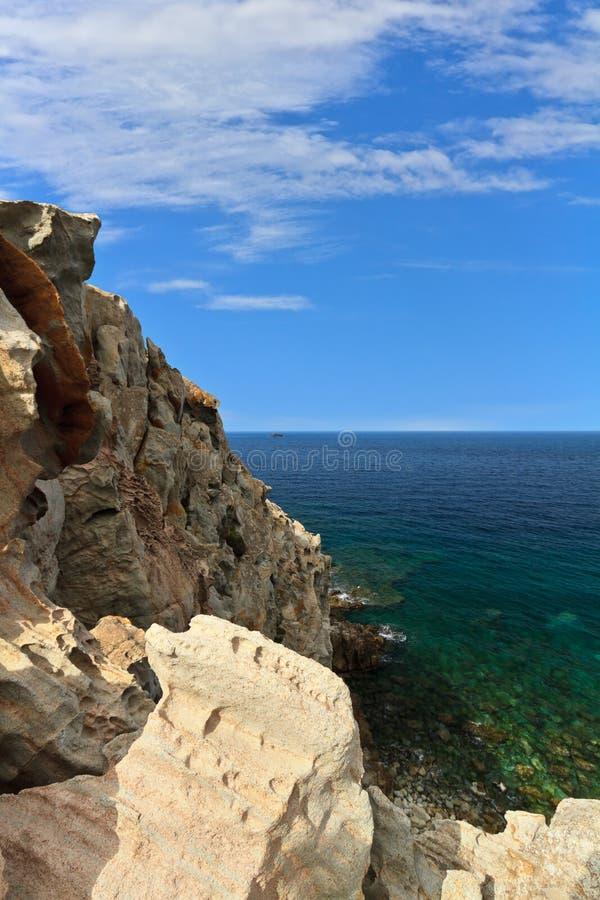 Download Isla De Cerdeña - De San Pedro Imagen de archivo - Imagen de europa, rocoso: 42432941