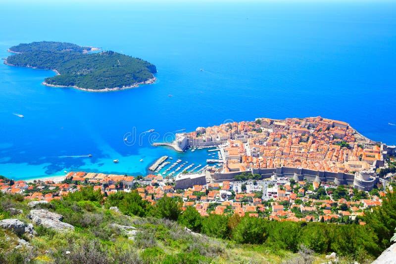 Isla de Dubrovnik y de Lokrum foto de archivo