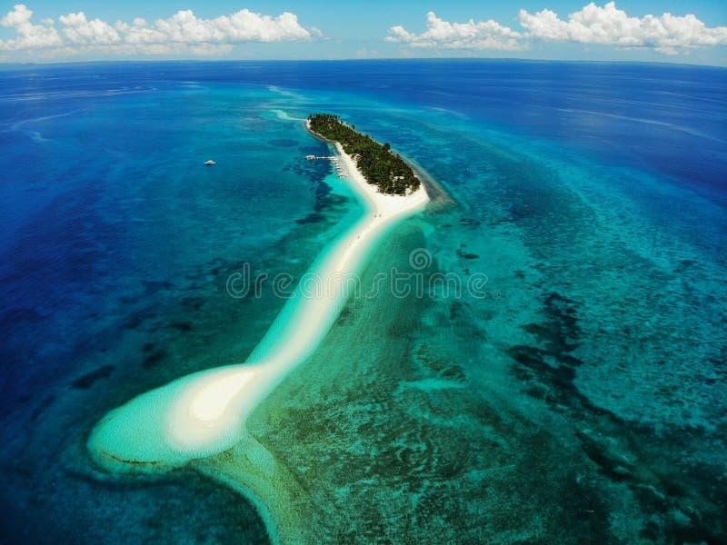 Isla de Kalanggaman desde arriba - de las Filipinas fotos de archivo