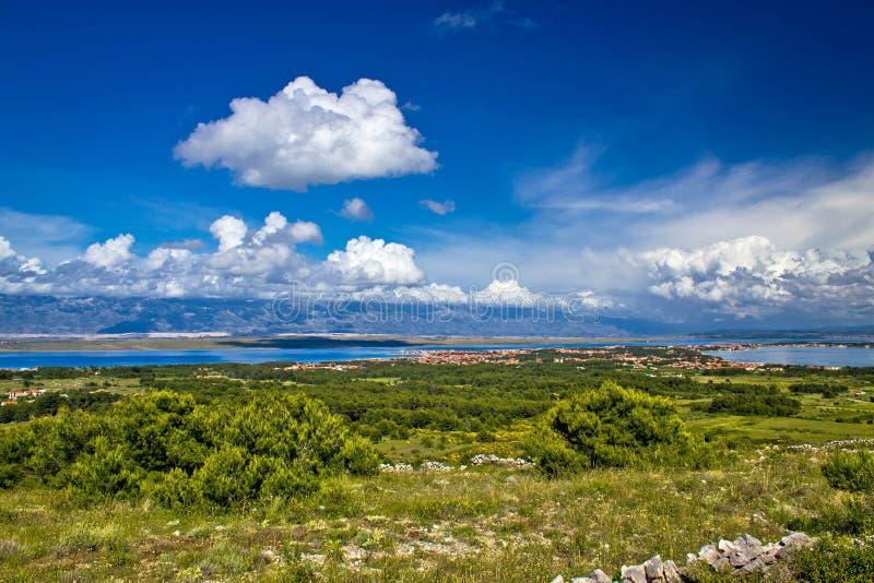 Isla de la opinión de Vir de la colina foto de archivo libre de regalías