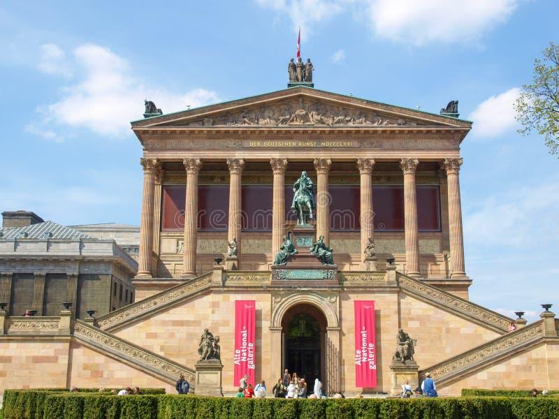 Isla de museos en Berlín imagenes de archivo
