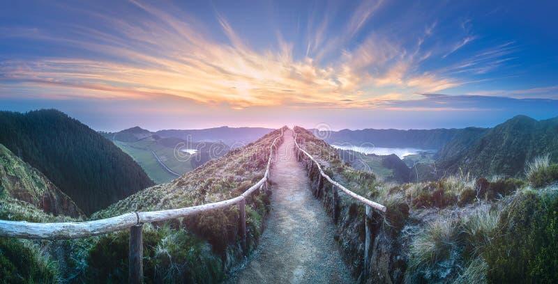 Isla de Ponta Delgada del paisaje de la montaña, Azores fotos de archivo libres de regalías