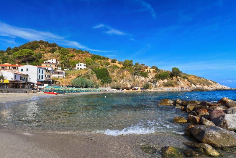 Download Isla De San Andrea - De Elba Foto de archivo - Imagen de roca, europa: 42433596