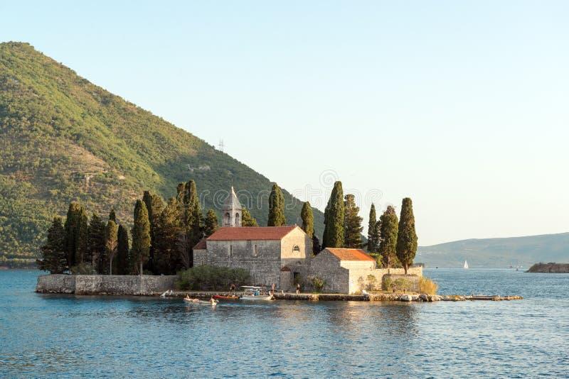 Isla de San Jorge en la bahía de Kotor imágenes de archivo libres de regalías