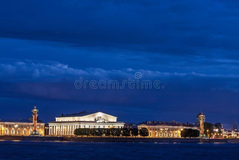 Isla de Vasilevsky de la flecha foto de archivo libre de regalías