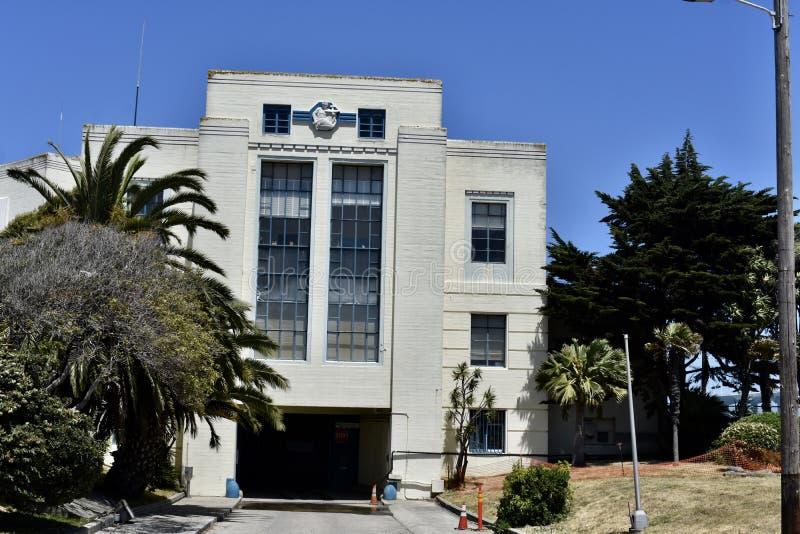 Isla del tesoro del edificio de la administración, construyendo 1; 2 foto de archivo