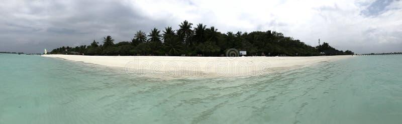 Isla en los maldives imágenes de archivo libres de regalías