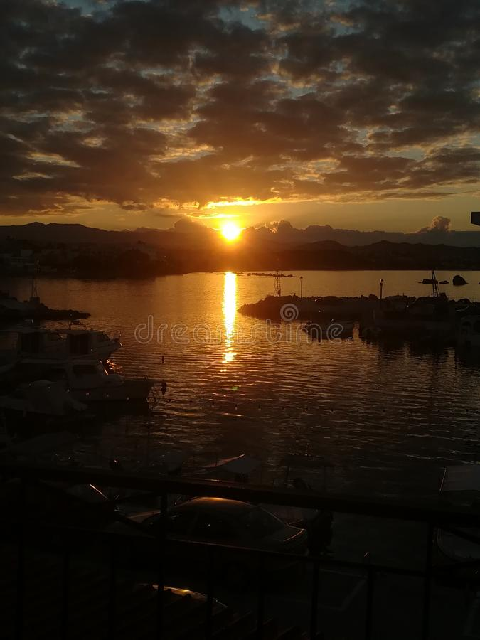 Isla hermosa de Chania fotos de archivo