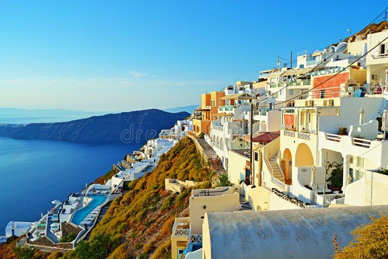 Isla hermosa Grecia de Santorini de la opinión de la ciudad de Imerovigli fotos de archivo