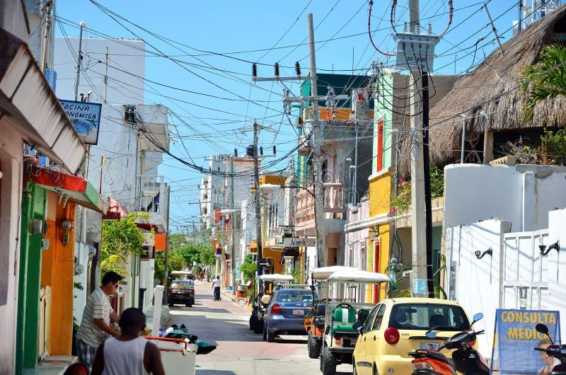 Isla Mujeres, Mexico - Maart 03, 2014: Straat op Isla Mujeres in Mexico tijdens festival royalty-vrije stock foto's