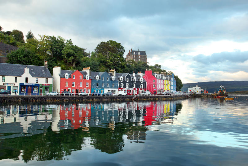 Isla occidental de Escocia de la ciudad colorida Mull de Tobermory - Ca imagen de archivo libre de regalías