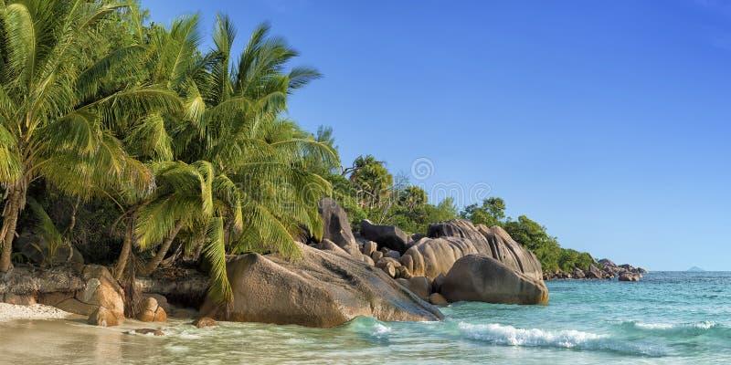 Isla Seychelles del praslin de la playa de Anse Lazio foto de archivo libre de regalías