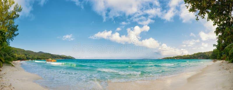 Isla Seychelles del praslin de la playa de Anse Lazio fotografía de archivo libre de regalías