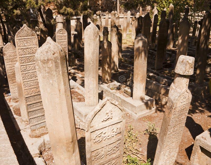 Islamiska gravstenar arkivfoton