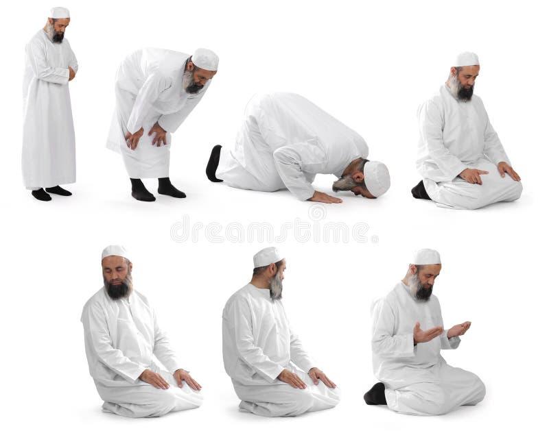 Islamitisch gebed dat door moslimsjeik wordt gedaan stock fotografie