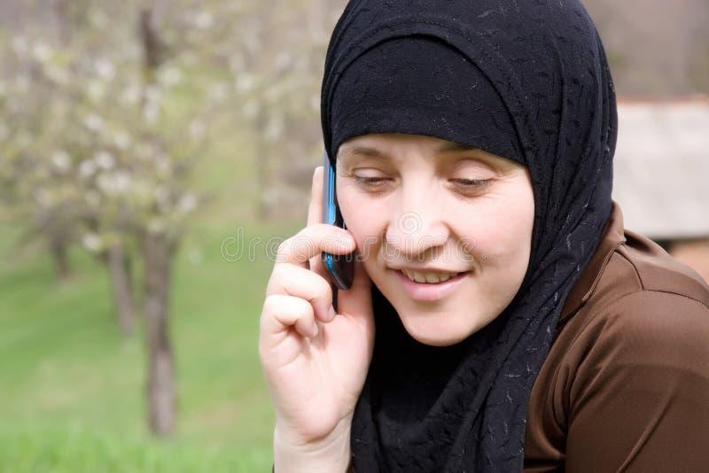 islamu telefonu target599_0_ kobieta obrazy royalty free