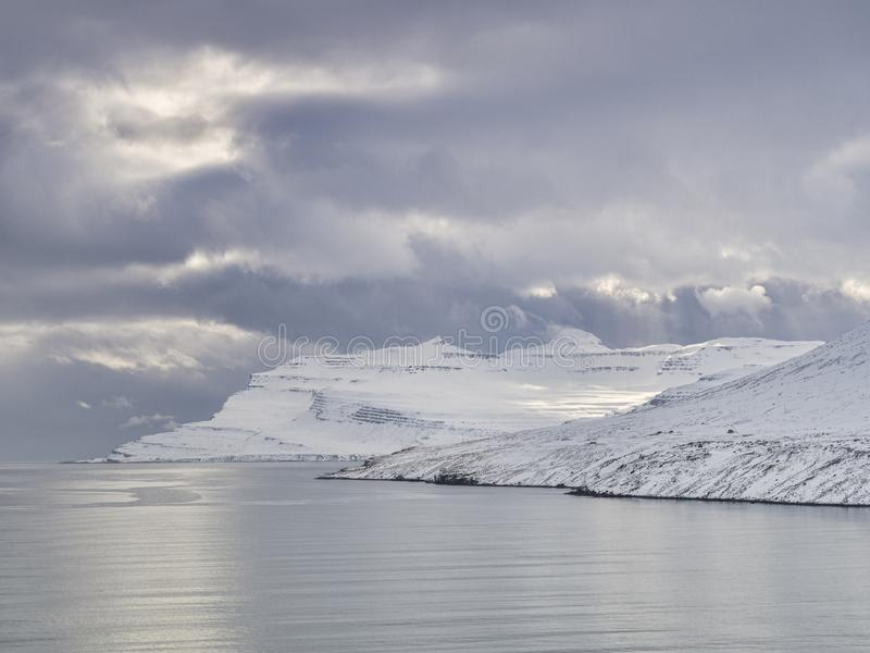 Island ?stliga Fiords fotografering för bildbyråer