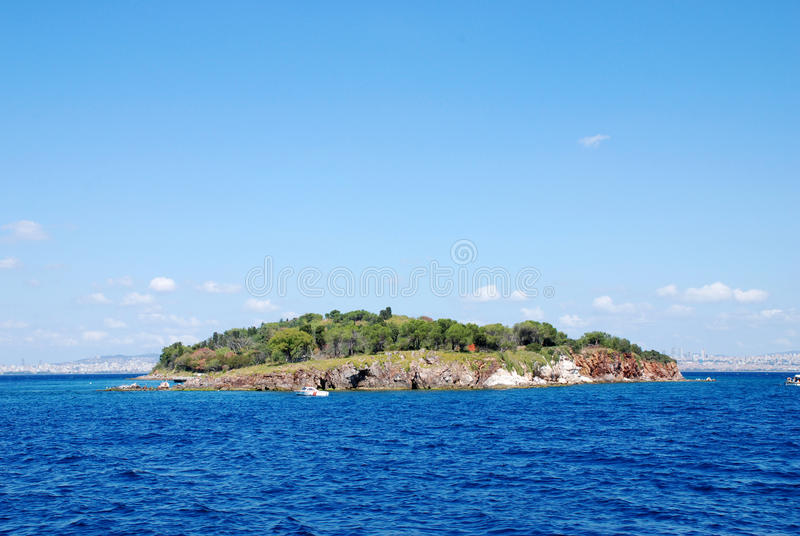 Download Island stock photo. Image of island, alone, green, horizon - 26962508