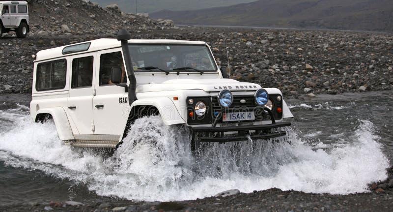 Island - av vägen på glaciären arkivfoton