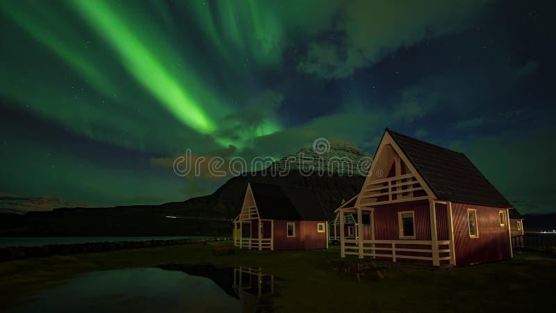 Island landskapaffärsföretag royaltyfri bild