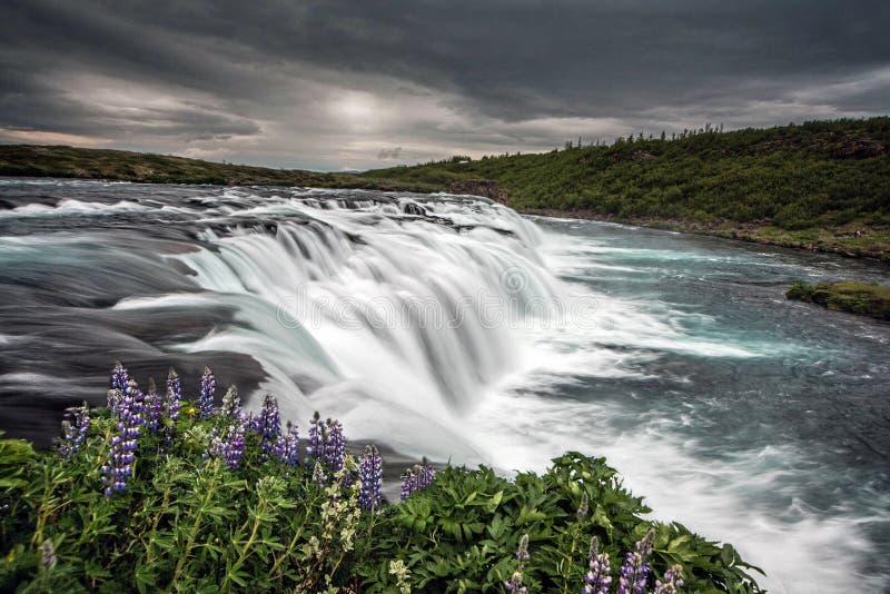 Island-Wasserfall-Zeitspanne lizenzfreies stockbild