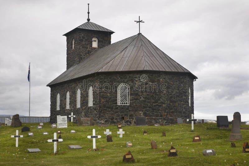 islandia Iglesia y cementerio de Pingeyrar Lago hop Blonduos fotos de archivo libres de regalías