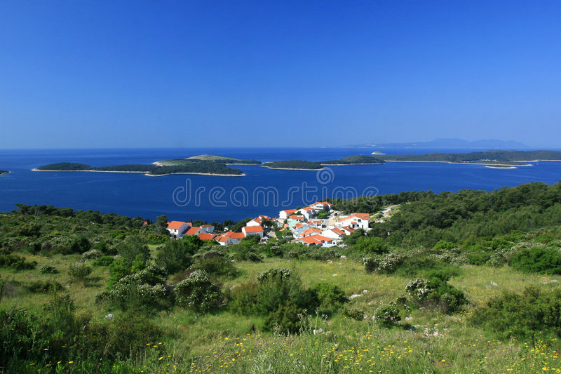 Download Islands In The Middle Of Blue Sea Stock Image - Image of evening, clear: 1005609