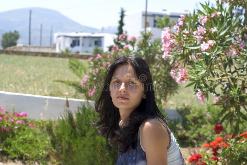Islas bonitas del Griego de la mujer imagenes de archivo