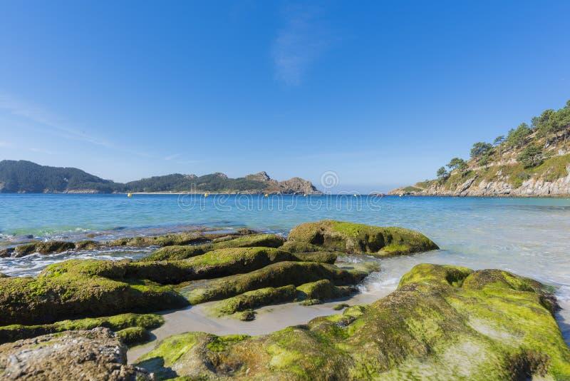 Islas de Cies de la playa del Senora de Nosa foto de archivo