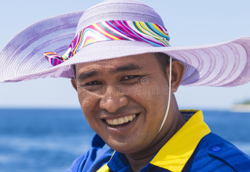 ISLAS DE GILI, INDONESIA - 22 DE MARZO: Retrato del hombre indonesio imagen de archivo libre de regalías
