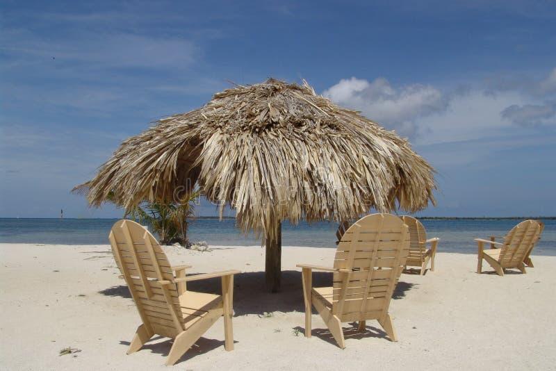 Download Islas de la bahía imagen de archivo. Imagen de thatched - 1297479