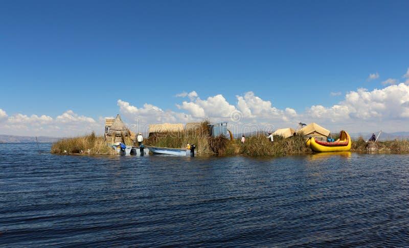 Islas de los Uros, el lago Titicaca, Perú fotografía de archivo