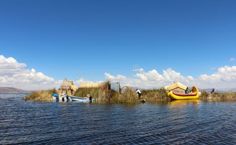Islas de los Uros, el lago Titicaca, Perú imagen de archivo