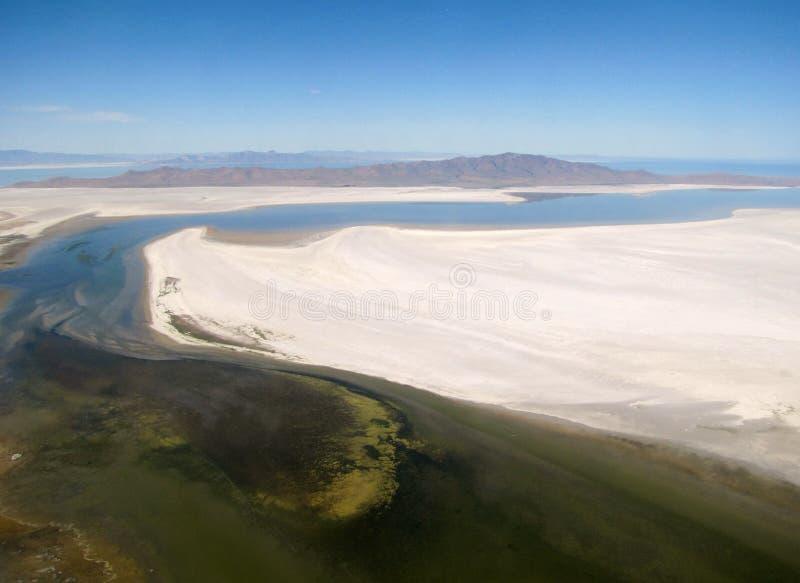 Islas en desierto fotos de archivo libres de regalías