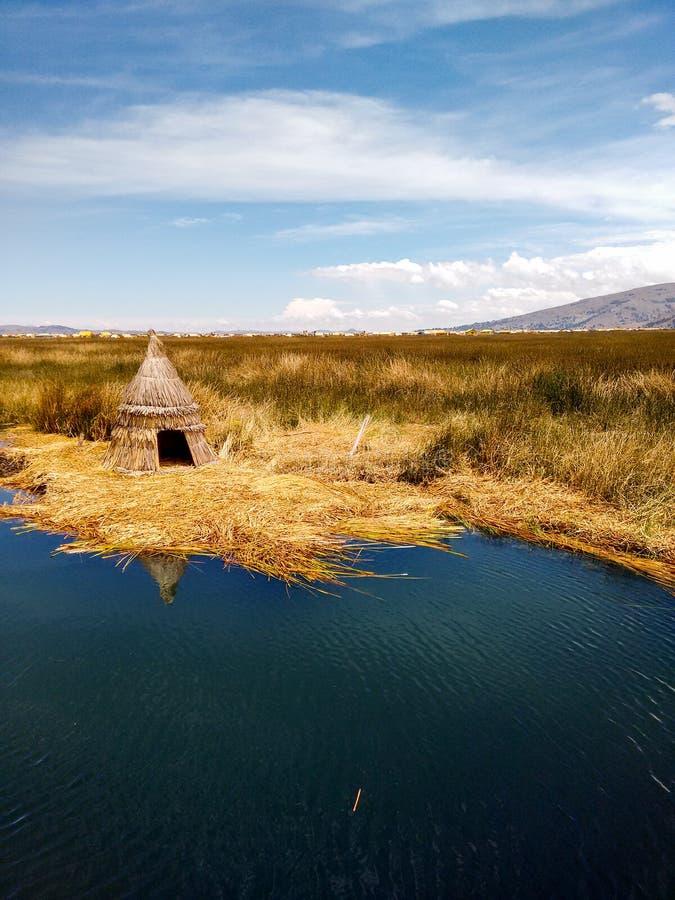Islas flotantes de los uros fotografía de archivo