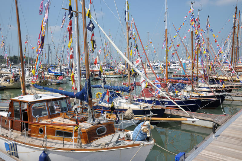 Download Isle Of Wight Sailing Boats Editorial Stock Photo - Image: 31380673