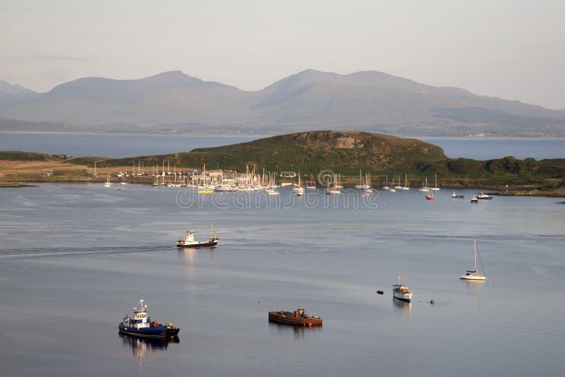 Islen av Kerrera och islen av Mull royaltyfri bild