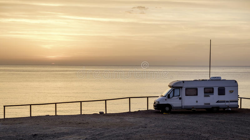 Isleta del莫罗, Cabo de加塔角,安大路西亚,西班牙,欧洲,从峭壁的日出 库存照片