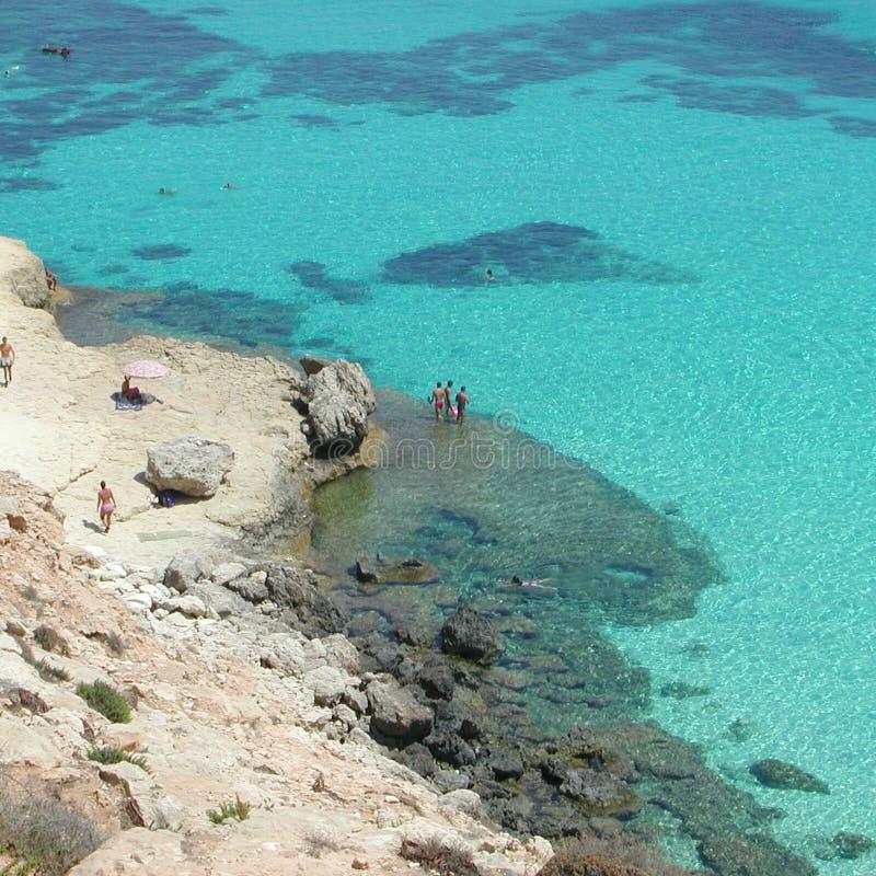 ` Isola dei Conigli ` plaża w Lampedusa zdjęcia stock