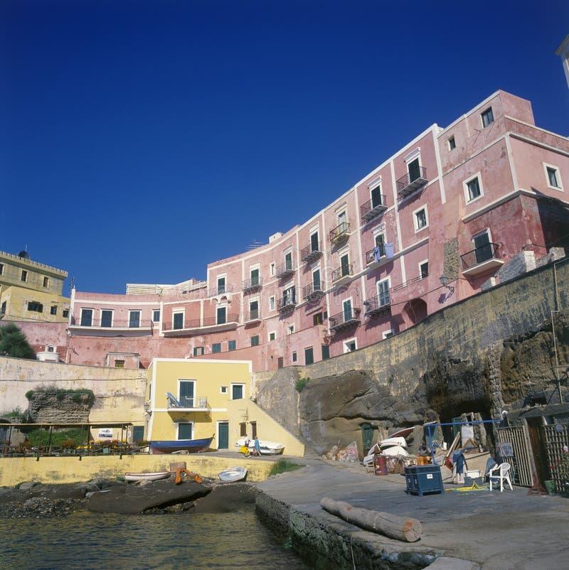 Isola dell'Italia Ventotene il porto immagine stock