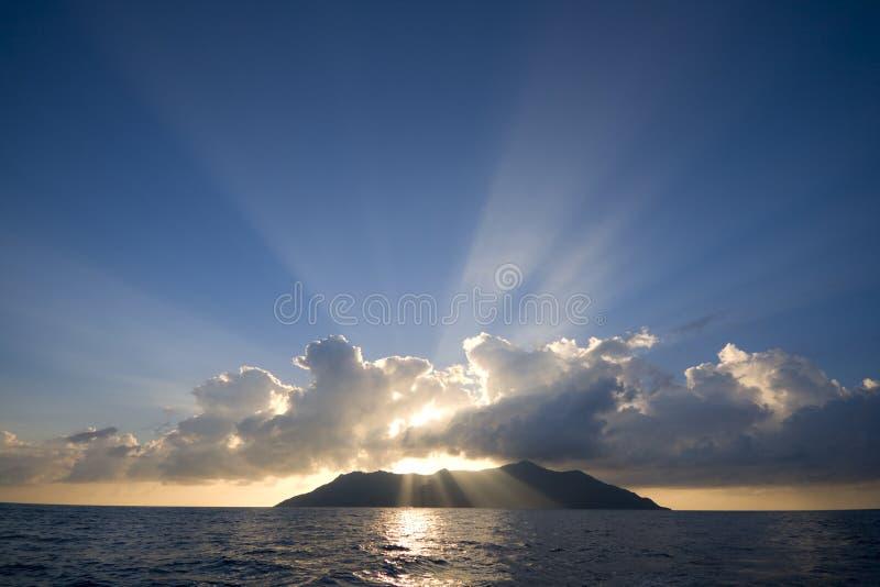 Isola della siluetta fotografie stock libere da diritti