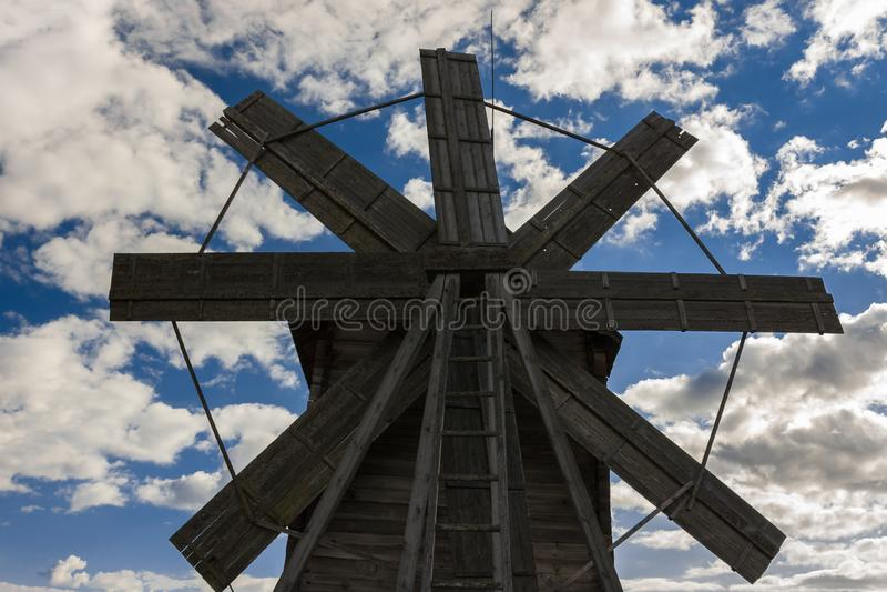 Isola di Kizhi, Petrozavodsk, Carelia, Federazione Russa - 20 agosto 2018: Architettura piega e la storia della costruzione o fotografia stock