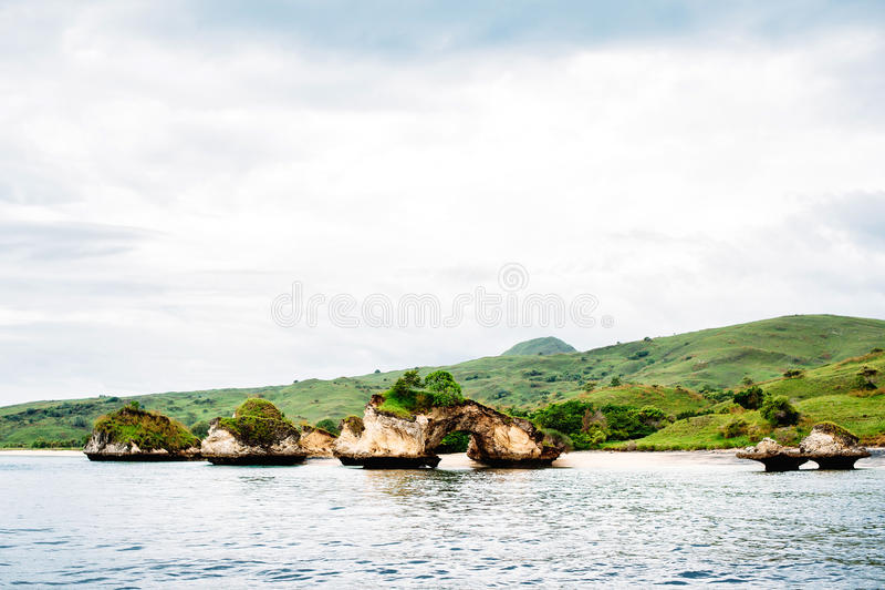Isola di Padar sul parco nazionale di Komodo in Nusa Tenggara orientale, Flores, Indonesia fotografia stock libera da diritti
