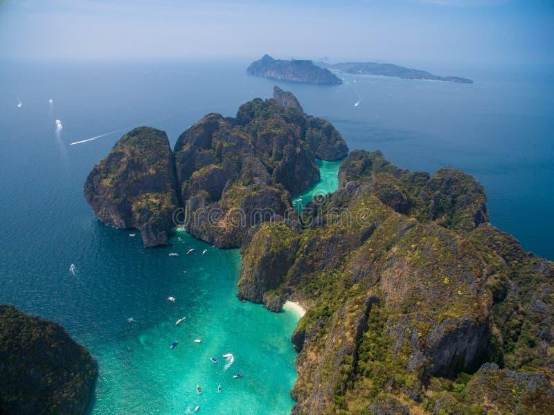 Isola di PhiPhi Leh, aerialphoto fotografia stock libera da diritti