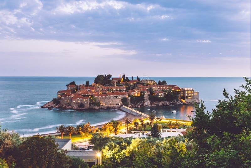 Isola di Sveti Stefan nel Montenegro immagine stock