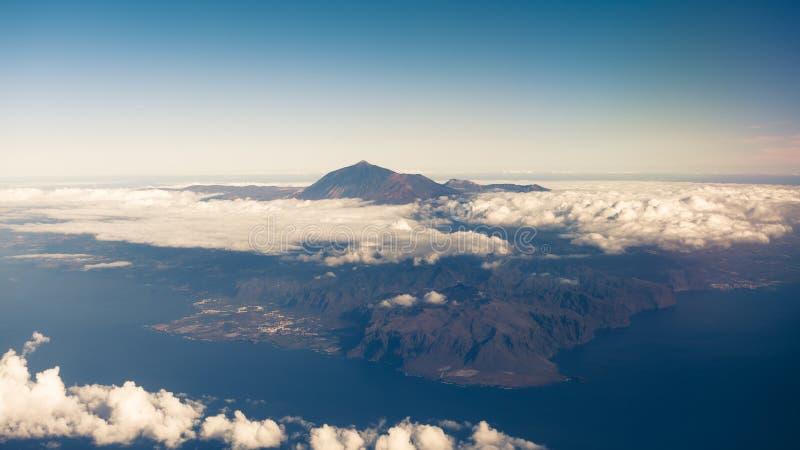 Isola di Tenerife e vulcano di Teide del supporto fotografia stock libera da diritti