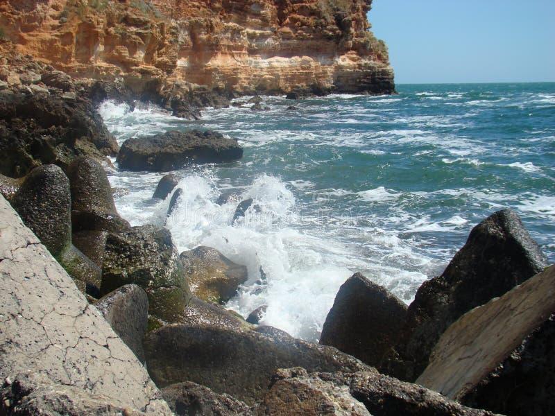 Download Isola di Tristan fotografia stock. Immagine di nave, mare - 55360184
